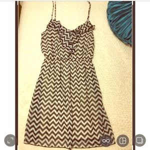 Zigzag print casual dress